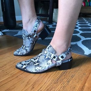 NEVER WORN Snakeskin shoes by Silent D